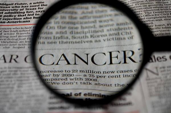 cancer de mama aluminio